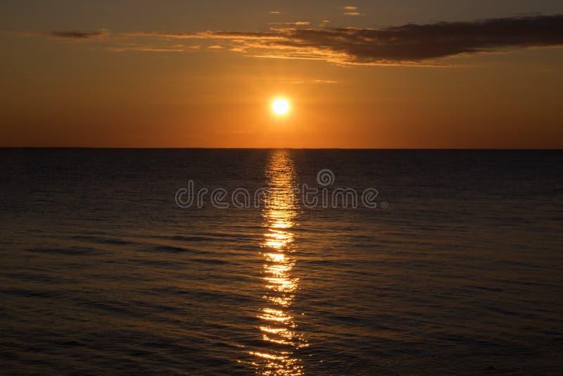 Por do sol espetacular visto do farol de West Point em PEI #2 fotografia de stock royalty free