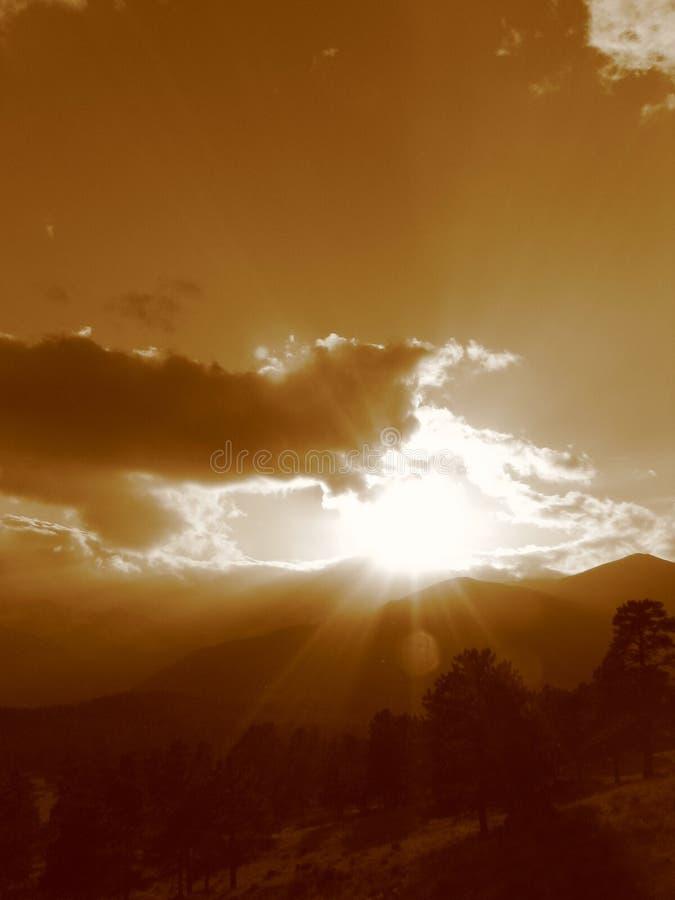 Por do sol II da montanha rochosa imagem de stock royalty free