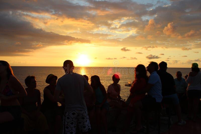Por do sol jamaicano em Negril fotografia de stock