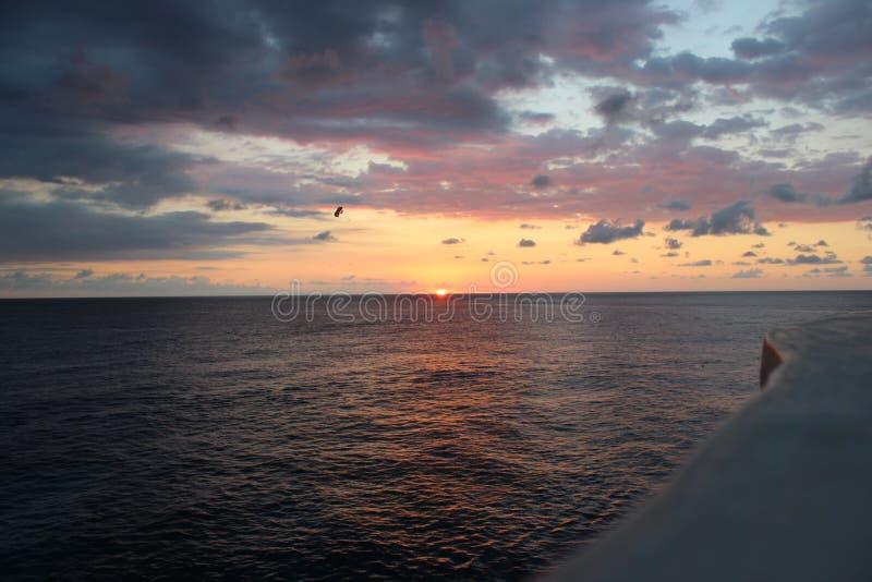 Por do sol jamaicano em Negril imagem de stock