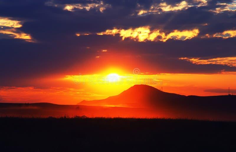 Por do sol maravilhoso foto de stock