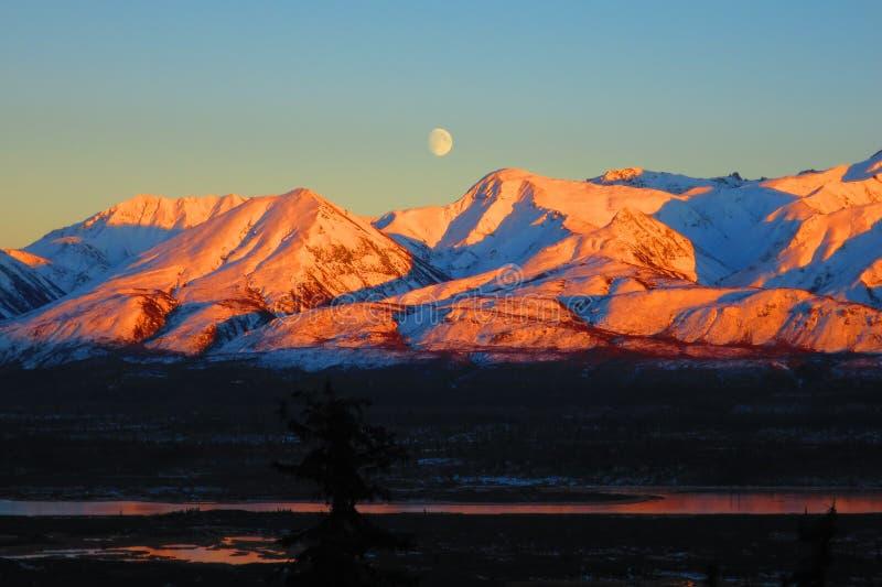 Por do sol & Moonrise foto de stock royalty free