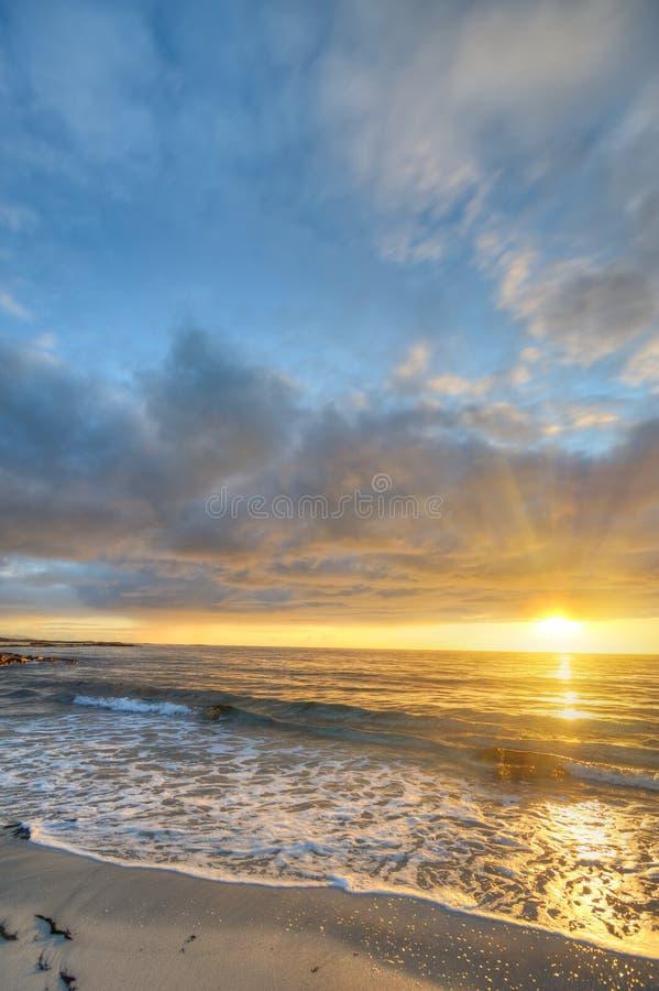 Por do sol na costa de Andoya em Noruega imagens de stock