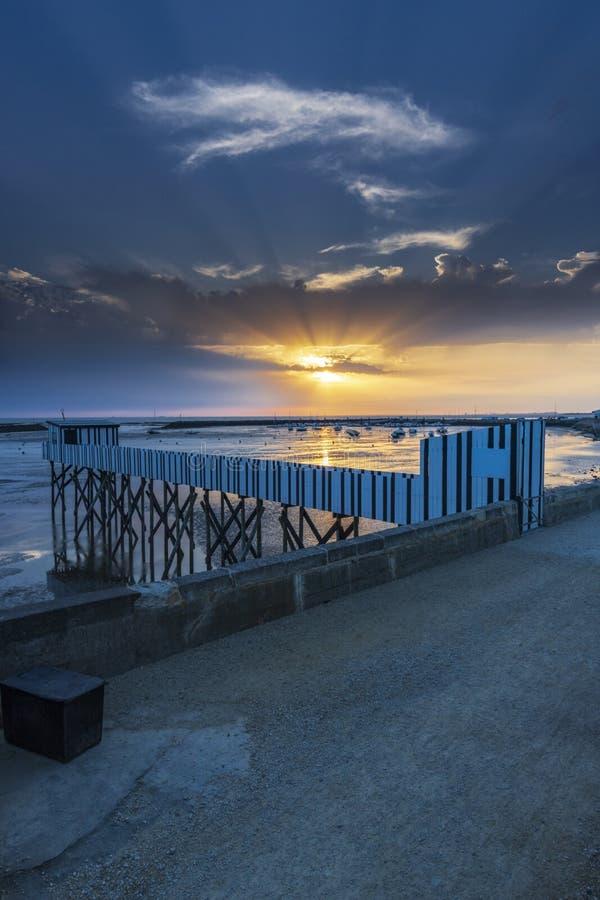 Por do sol na costa francesa fotos de stock