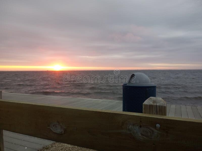 Por do sol na costa do j?rsei fotografia de stock royalty free