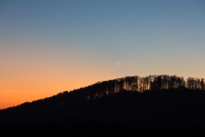 Por do sol na Floresta Negra, Alemanha imagens de stock royalty free
