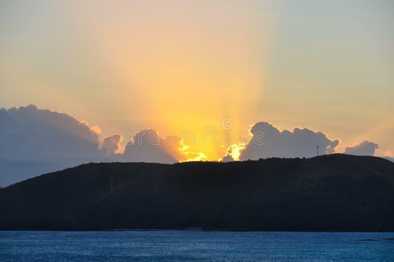 Download Por Do Sol Na Ilha De Nacula Em Fiji Foto de Stock - Imagem de exotic, tourism: 80101426