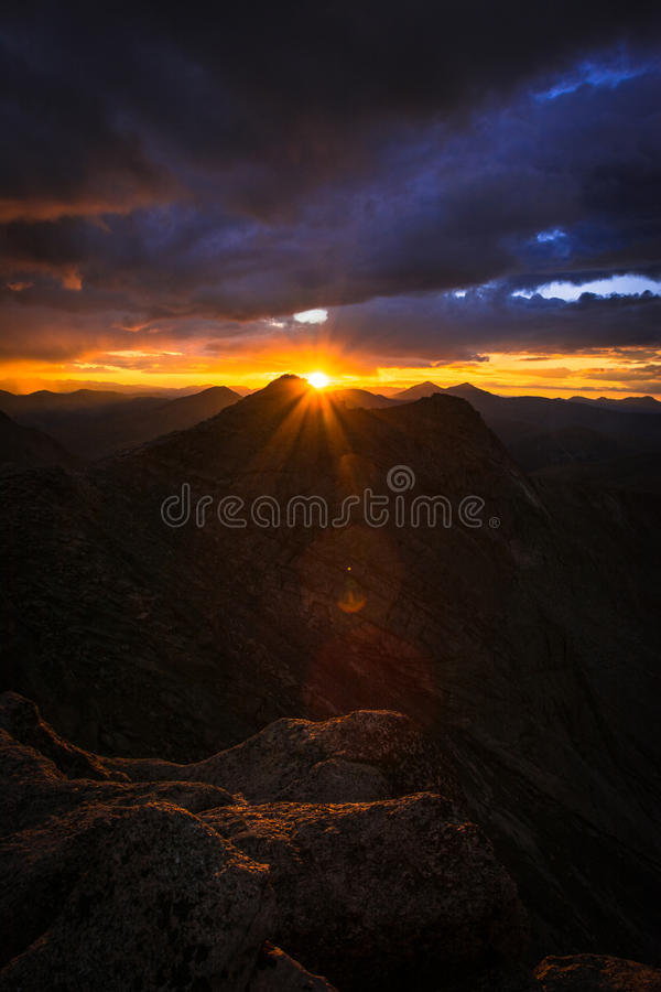 Por do sol na montagem Evans foto de stock royalty free