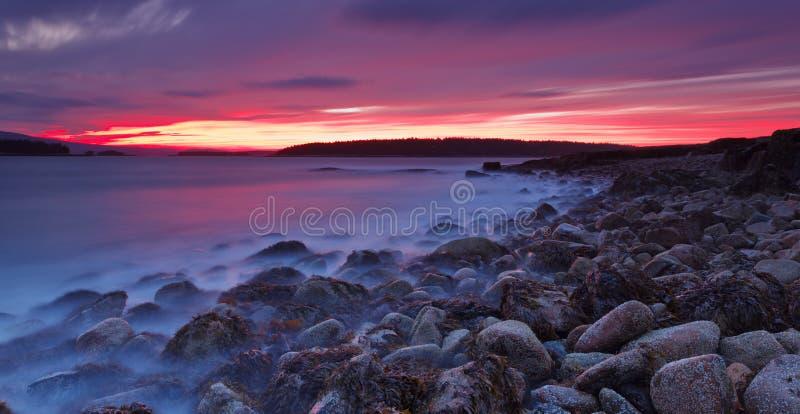 Por do sol no Acadia fotos de stock royalty free
