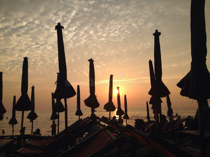 por do sol no chonburi imagem de stock royalty free
