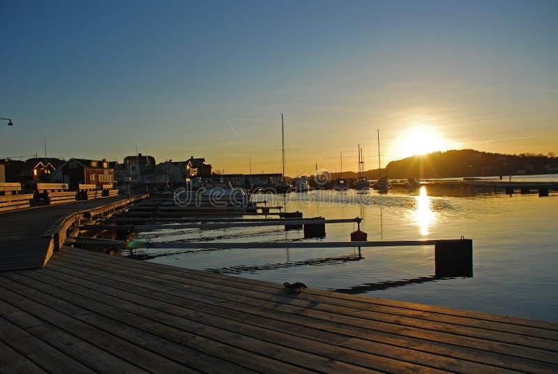 Por do sol no console de Styrsö, Gothenburg, Sweden fotografia de stock