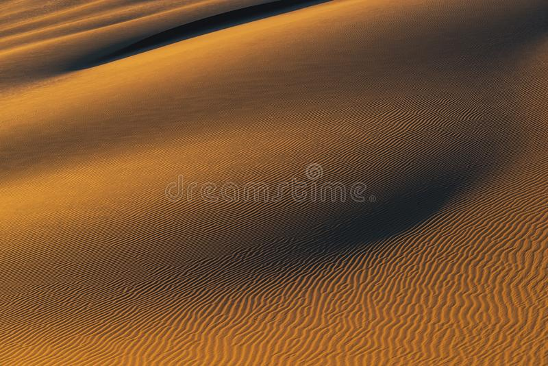 Por do sol no deserto peruano, Huacachina imagem de stock