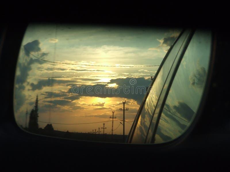 Por do sol no espelho foto de stock royalty free