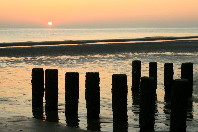 Por do sol no holandês (Zeeland) fotografia de stock