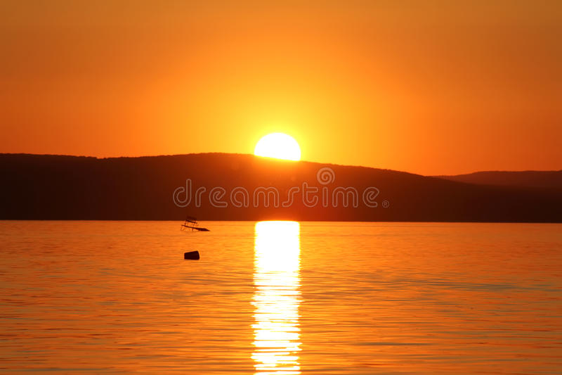 Por do sol no lago Balaton fotografia de stock royalty free
