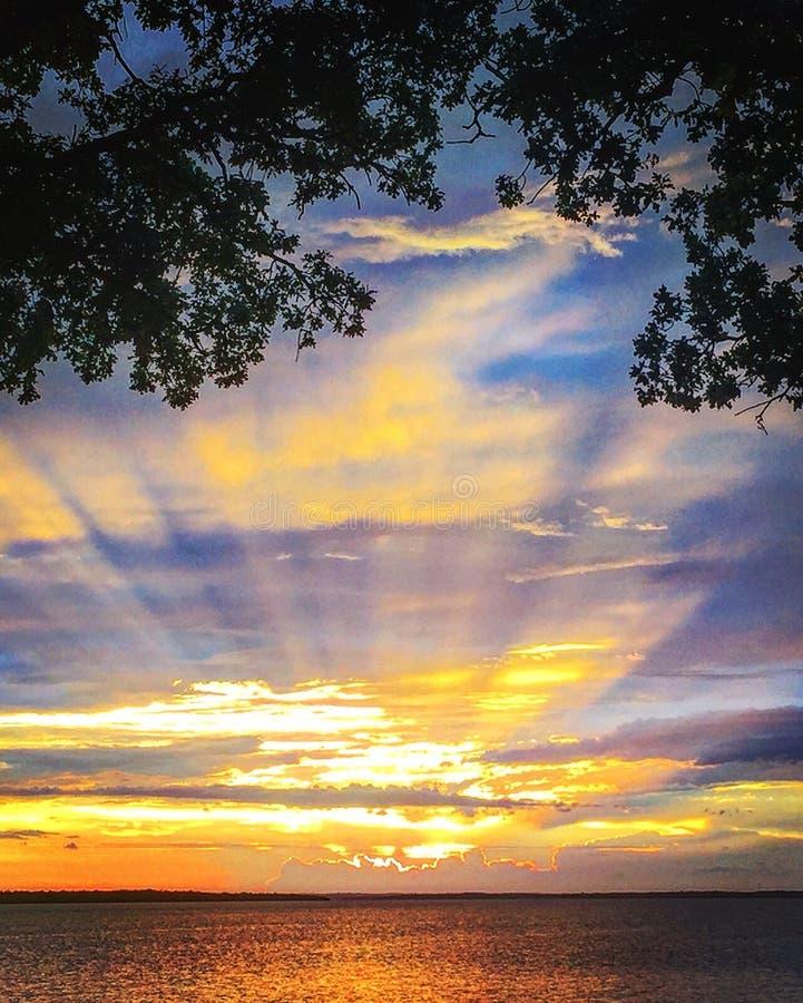 Por do sol no lago Texoma imagens de stock