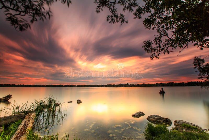 Por do sol no lago Wilcox foto de stock royalty free