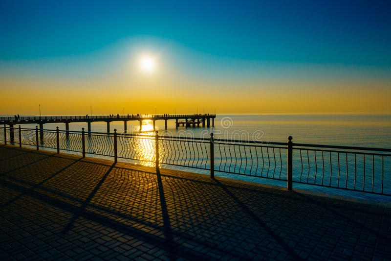 Por do sol no mar Báltico imagens de stock