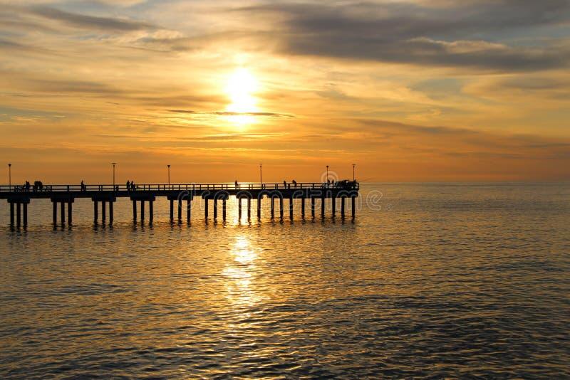 Por do sol no mar Báltico fotos de stock