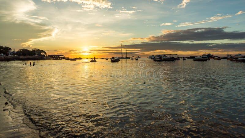 Por do sol no Oceano Índico imagens de stock royalty free