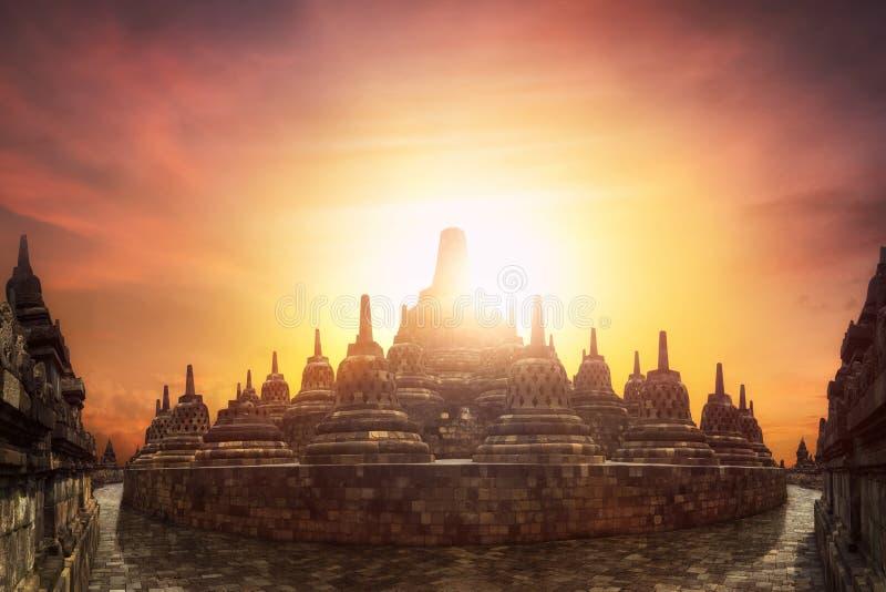 Por do sol no templo de Borobudur Java, Indonésia imagem de stock royalty free