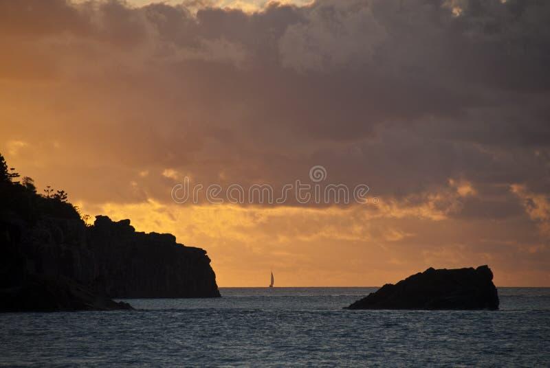 Por do sol nos consoles de Whitsunday fotografia de stock