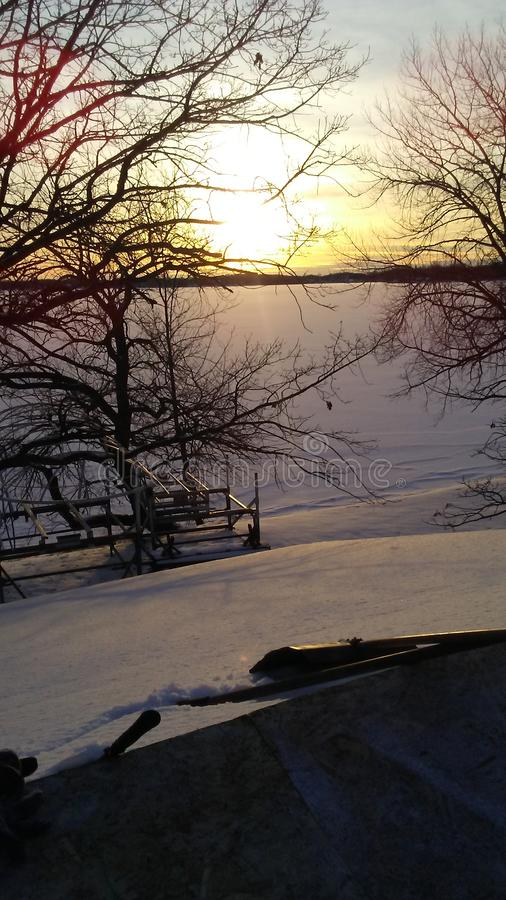 Por do sol ocidental do lago de mcdonald imagens de stock