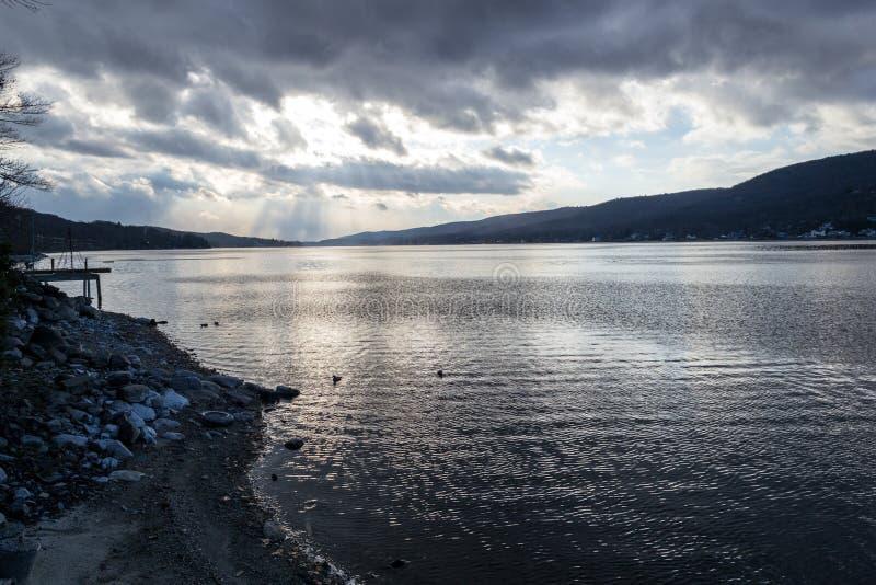 Por do sol pelo lago greenwood (NY) imagem de stock royalty free