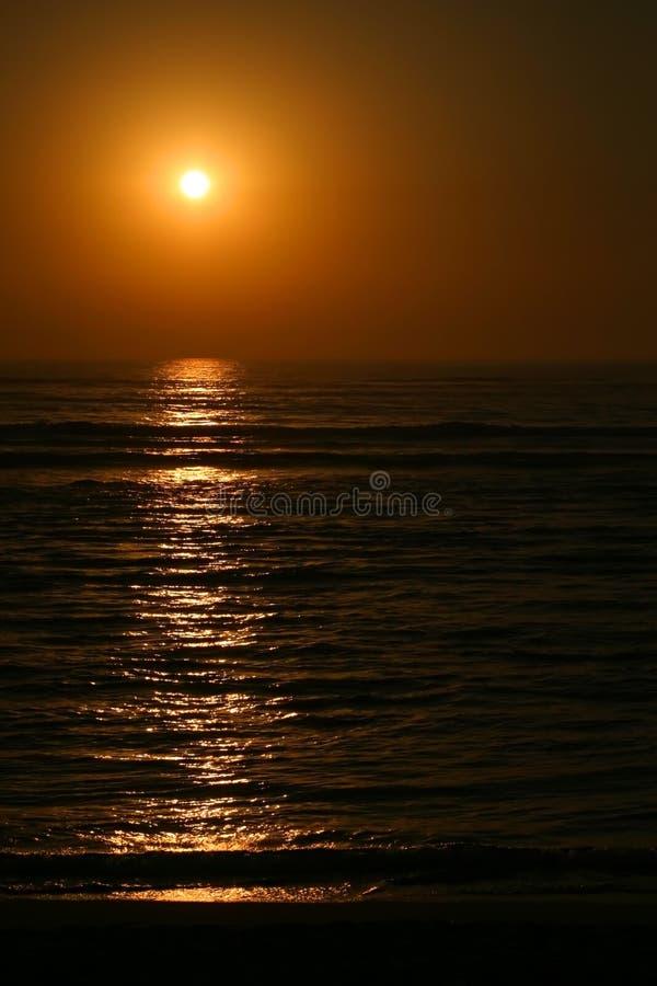 Por do sol profundo foto de stock royalty free