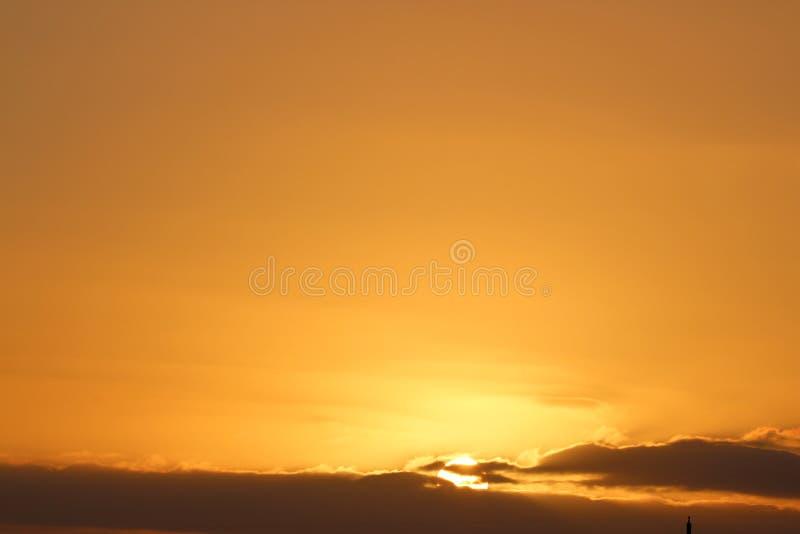 Por do sol sobre África imagens de stock