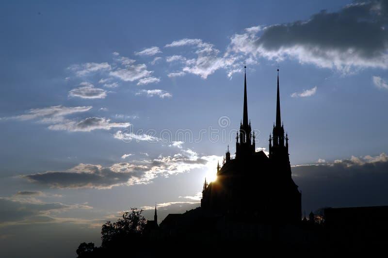 Por do sol sobre a catedral fotos de stock