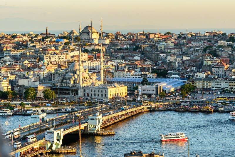 Por do sol sobre Istambul, Turquia imagem de stock
