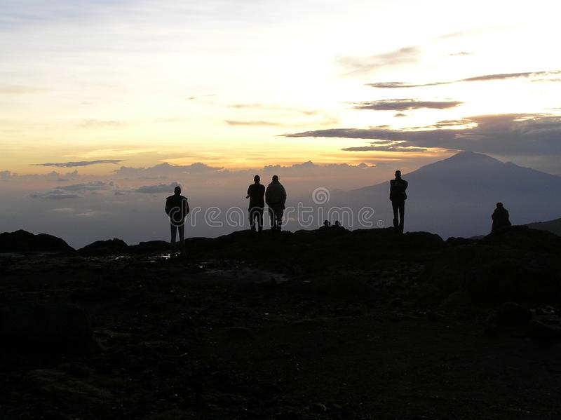 Por do sol sobre Mt Meru fotos de stock royalty free