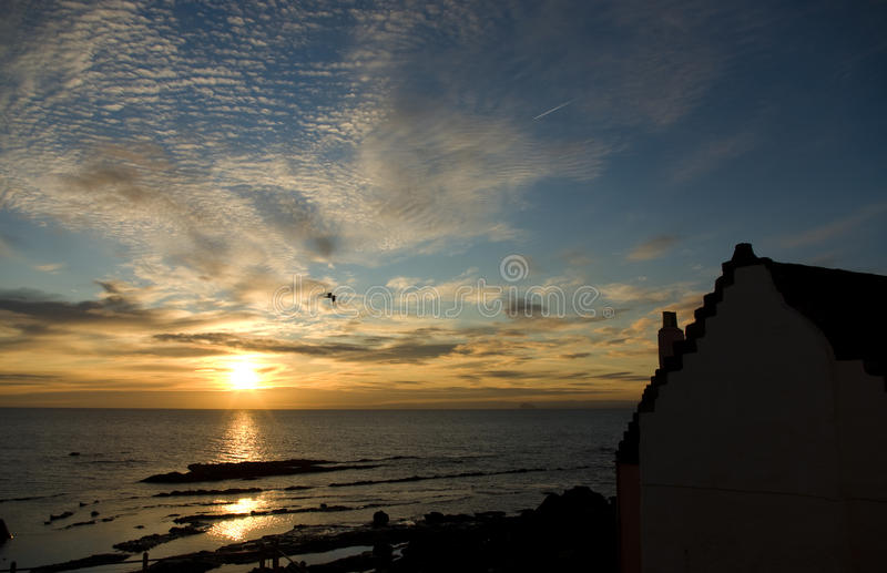 Por do sol sobre o Fife fotografia de stock royalty free