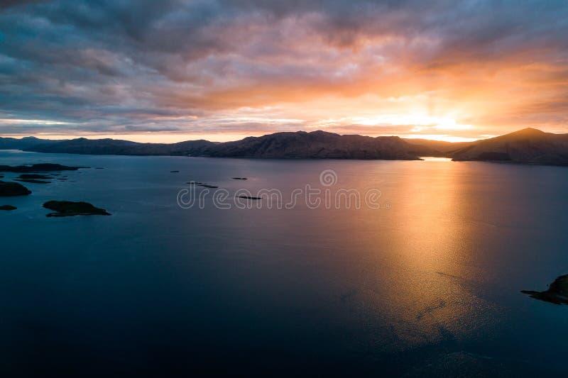 Por do sol sobre o Loch Linnhe fotos de stock royalty free