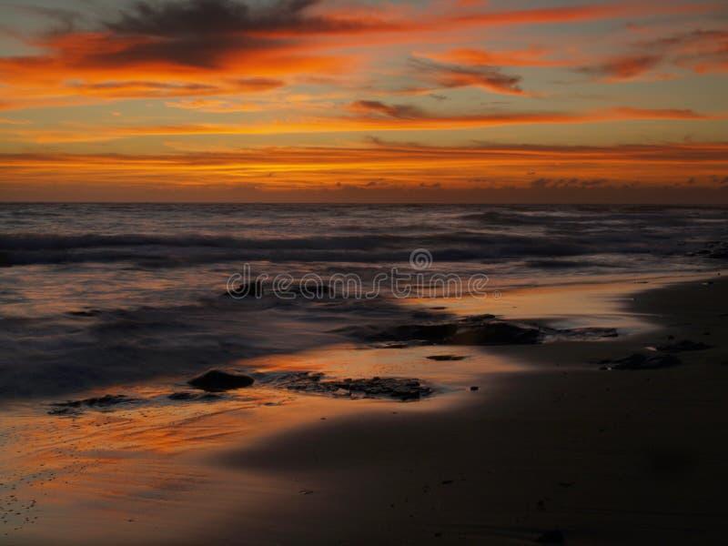 Por do sol sobre o Oceano Índico Transkei imagem de stock royalty free