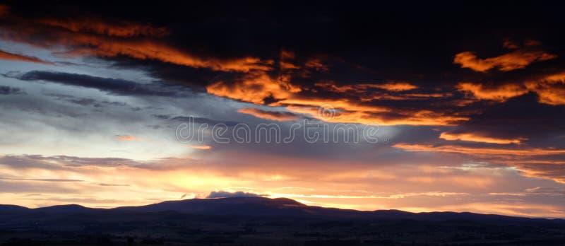 Por do sol sobre os montes de Cheviot fotos de stock