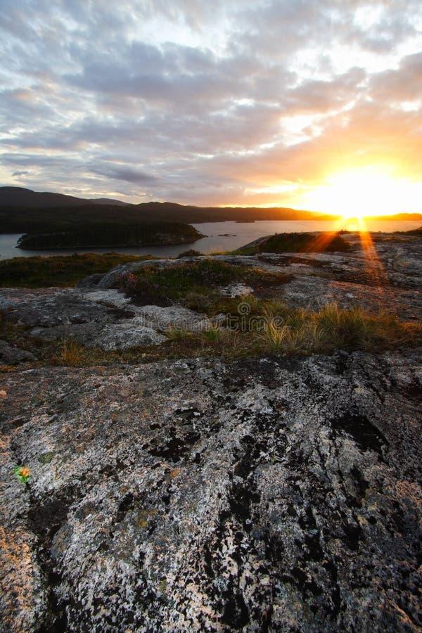 Por do sol sobre a paisagem escocesa fotos de stock