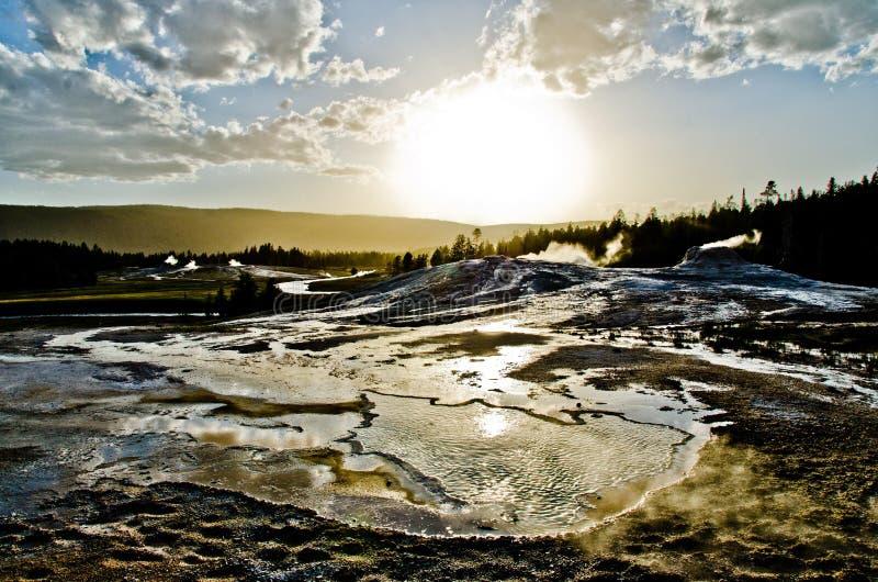Por do sol sobre Yellowstone fotos de stock royalty free