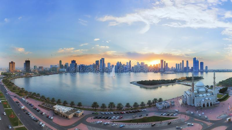 Por do sol do special de Sharjah fotografia de stock
