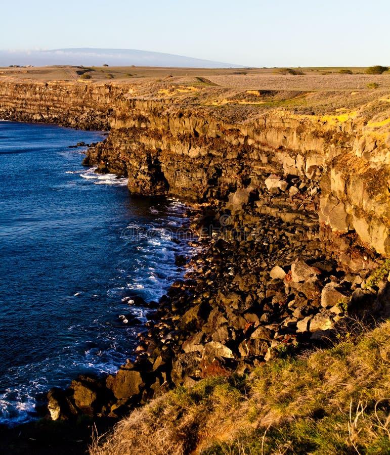 Por do sol sul do ponto em Rocky Cliffs na ilha grande foto de stock royalty free