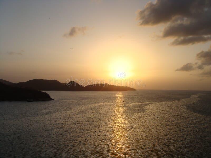 Por do sol tropical fotos de stock