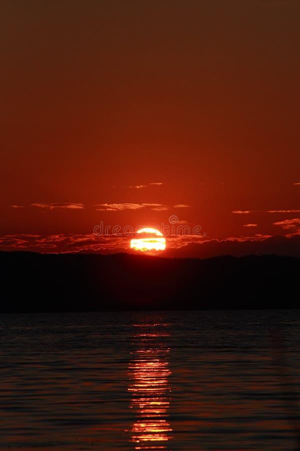 Por do sol vermelho foto de stock
