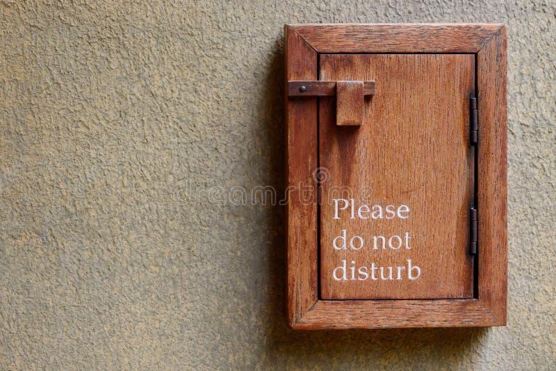 Por favor não perturbe o sinal imagem de stock