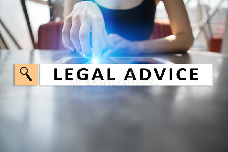 Porada prawna ext na wirtualnym ekranie _ Adwokat przy prawem prawnik, pojęcie, biznesu i finanse obraz royalty free
