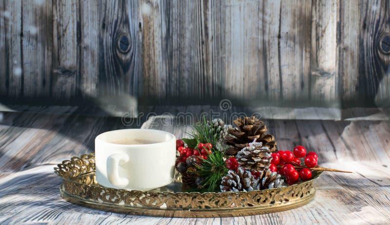 Poranku Bożonarodzeniowy słodki ustawianie dla śniadania obraz royalty free