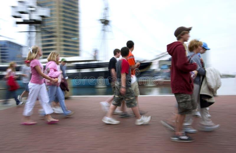 poranny spacer wielkiego miasta zdjęcie stock