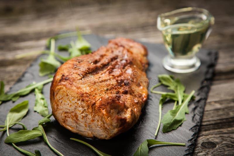Porc cuit au four délicieux photo libre de droits
