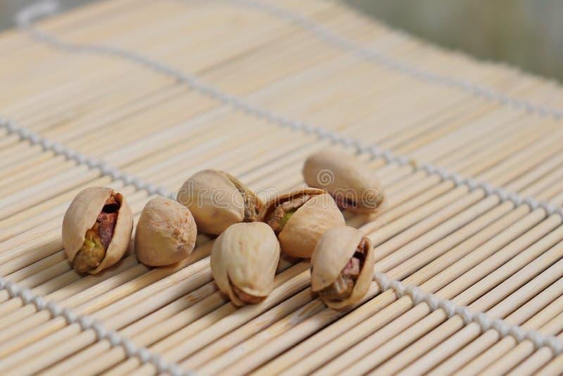 Porcas de pistache - um símbolo da riqueza na Pérsia antiga fotos de stock royalty free