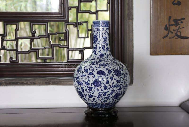 Porcelaine bleue et blanche images stock